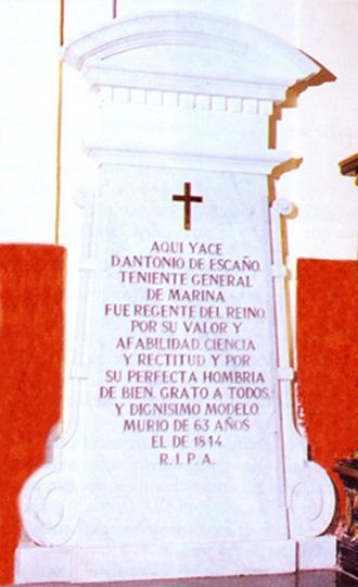 Lápida en el panteón de Marinos Ilustres de don Antonio de Escaño y García Garro de Cáceres. Cortesía del Museo Naval. Madrid.