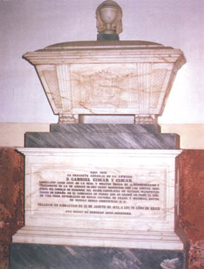 Lápida en el Panteón de Marinos Ilustres de don Gabriel Ciscar y Ciscar. Cortesía del Museo Naval. Madrid.