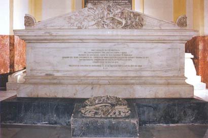 Mausoleo de don José Rudesindo Malcampo y Monge.